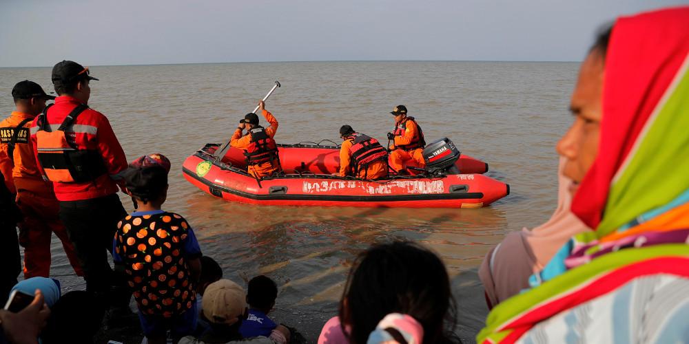 Πιθανότατα νεκροί όλοι όσοι βρίσκονταν στο αεροπλάνο της Lion Air