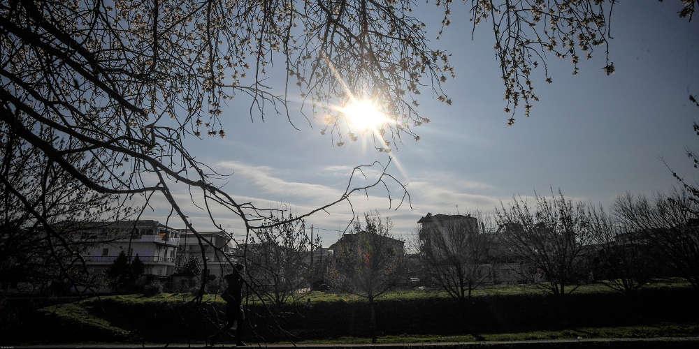 Καιρός: Μικρή άνοδος της θερμοκρασίας σήμερα Παρασκευή