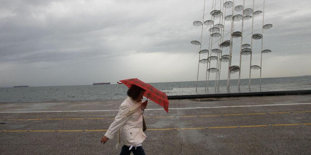 Με βροχές και καταιγίδες μπαίνει η εβδομάδα – Ο καιρός σε όλη την χώρα