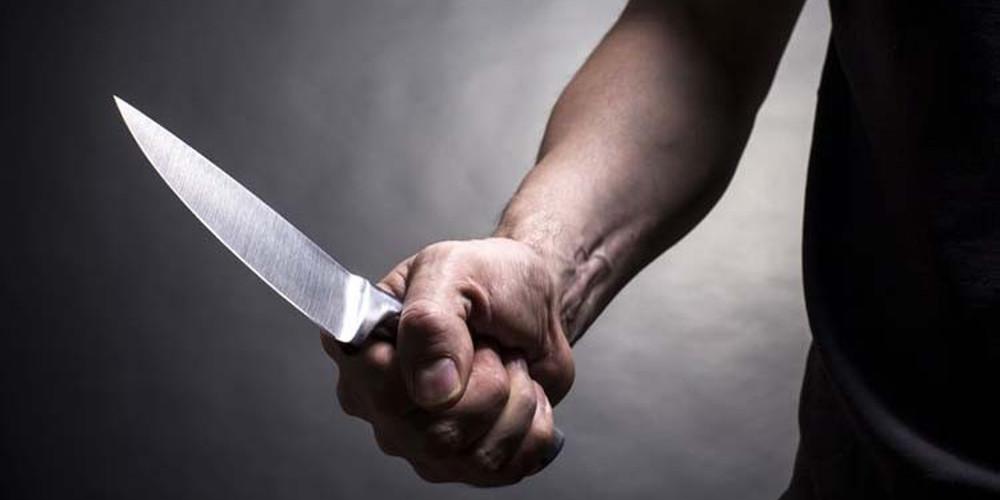 Απίστευτο: Γιατρός μαχαίρωσε συνάδελφο στην Ανταρκτική για ένα βιβλίο!