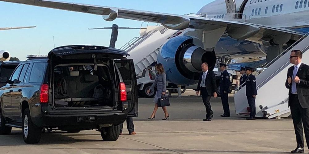 Τρόμος στον αέρα για την Μελάνια Τραμπ – Αναγκαστική προσγείωση λόγω βλάβης