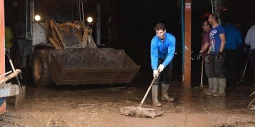 Ο Ναδάλ έπιασε την σκούπα για τους πλημμυροπαθείς στη Μαγιόρκα
