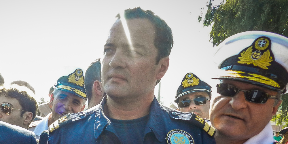 Συγκίνηση για τον θάνατο του «ήρωα του Αιγαίου», υποπλοίαρχου Κυριάκου Παπαδόπουλου