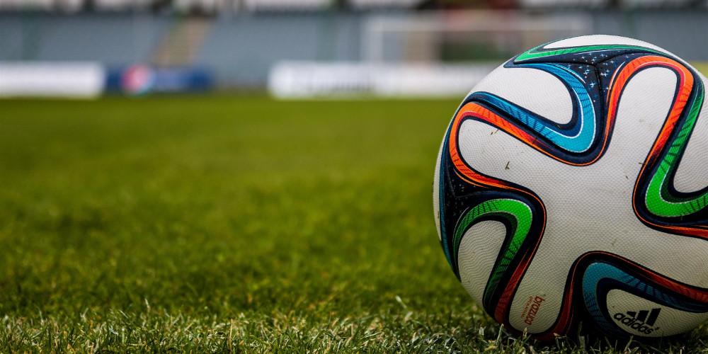 Απίστευτο: Ποδοσφαιριστής της Ρούμπιν Καζάν έβαλε πέναλτι με... εναέρια τούμπα! [βίντεο]