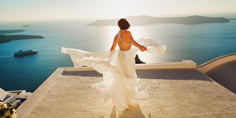 Γαμήλια ταξίδια: Οι τάσεις για το 2019 με την Σαντορίνη να είναι ανάμεσα τους