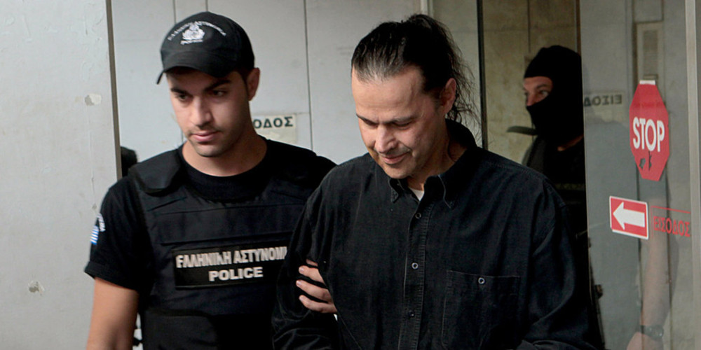 Ο Σάββας Ξηρός βάζει όρο για την αποφυλάκισή του: Με βραχιολάκι δεν βγαίνω