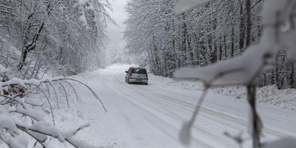 Καιρός: Καταφθάνει η χειμωνιάτικη κακοκαιρία - Πού θα χιονίσει