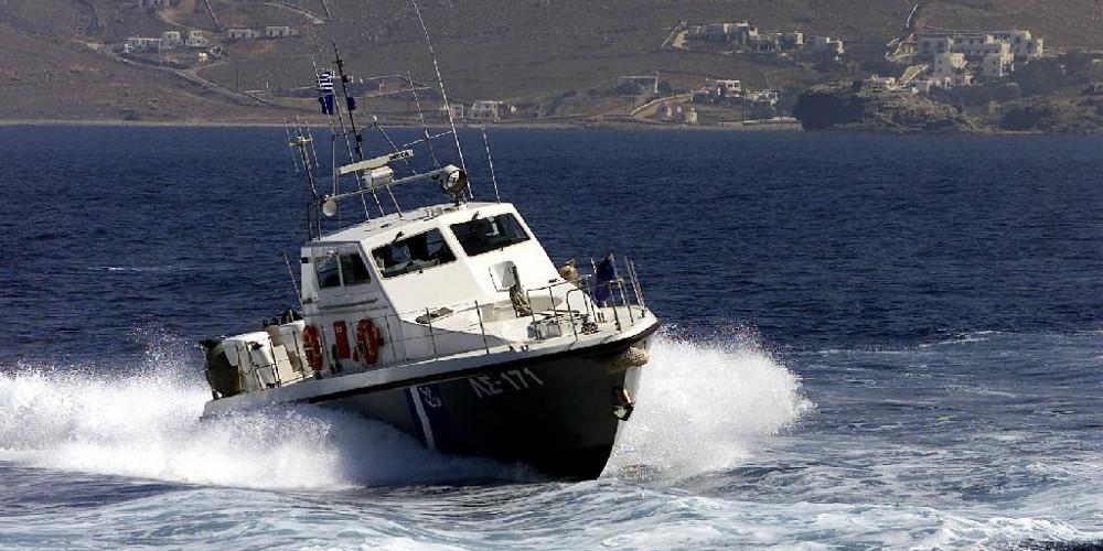 Ύποπτο σκάφος βυθίστηκε νότια της Κρήτης