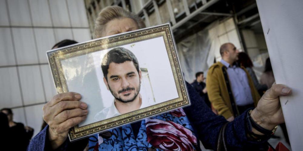 Μάριος Παπαγεωργίου: Το ξέσπασμα της μάνας στο δικαστήριο: «Δολοφόνε! Αλήτη!»