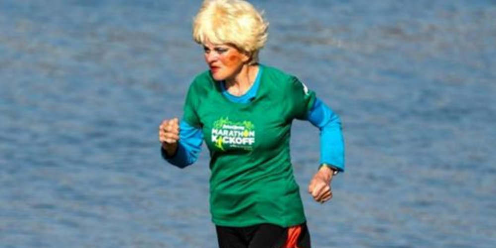 Ζινέτ Μπεντάρ, η γιαγιά που τερματίζει στον Μαραθώνιο στα 85 της χρόνια!