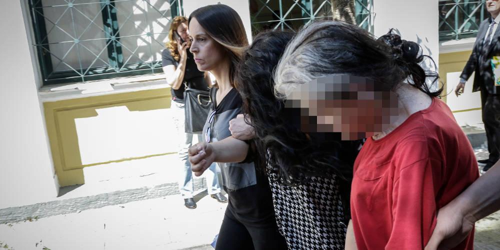 «Νιώθω σαν να μην το σκότωσα εγώ» δήλωσε η 19χρονη μητροκτόνος στην Πετρούπολη